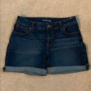 Maurice's denim shorts, size 8